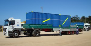 Containers & truck Macae 2009A